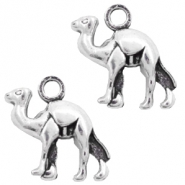 Metal charms camel Silver