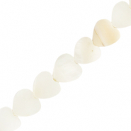 Shell beads heart White