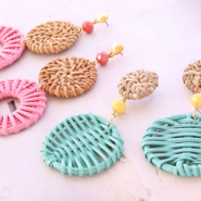 Inspirational Sets Festival earrings with rattan pendants!