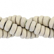 Coconut beads disc 8mm Light green sandstone