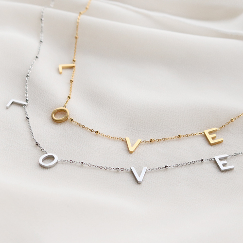 Here you see how you can combine the different items from our L-O-V-E collection: