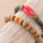 All natural! This is how you create the perfect bracelets with wooden beads