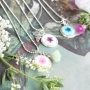 Cabochons with dried flowers brighten up your piece of jewellery and you as well!